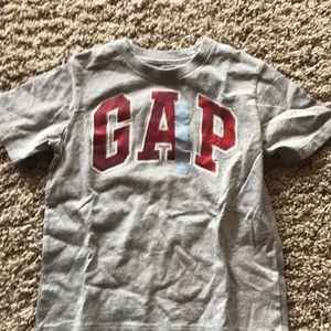 Gap kids tshirt
